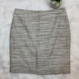 Ann Taylor Gray and White Textured Pencil Skirt